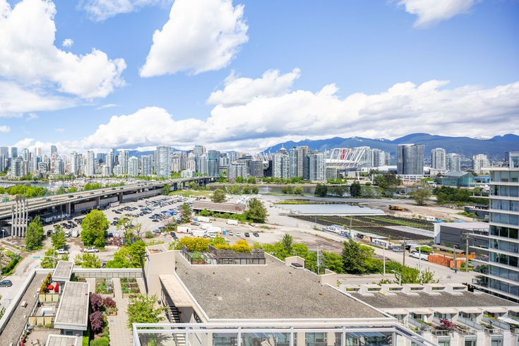 W2 Living Apartments for Rent, 1988 Wylie St, Vancouver, BC - 3