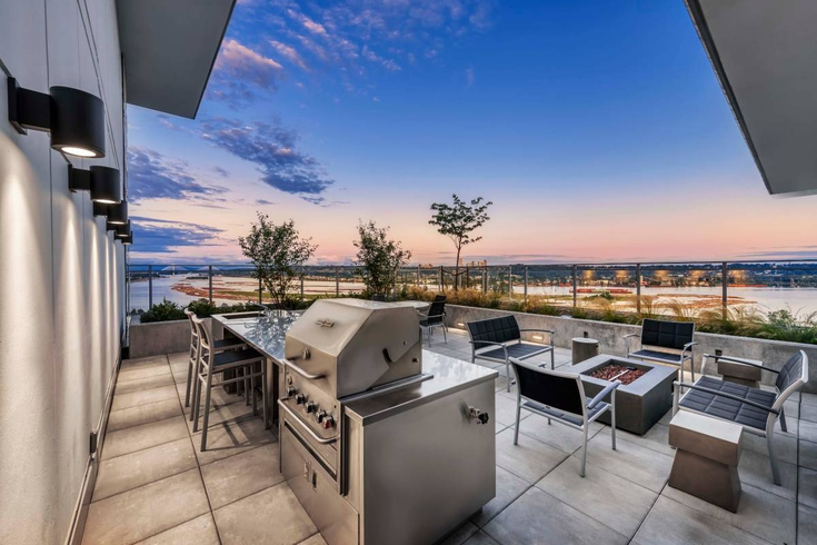 The Westminster - Brewery District Apartments for Rent, 228 Nelson's Cres, New Westminster, BC - 5