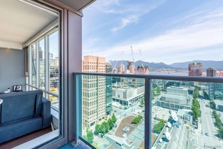 2603 233 Robson Street Vancouver Bc 3 Bedroom Apartment For Rent Liv Rent