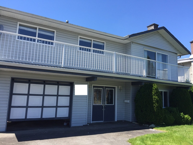 2 Bedrooms House for Rent on Seaway Rd, Richmond, BC - 1