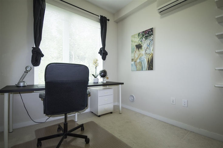 2 Bedrooms Apartment for Rent in Mayfair Place, 9399 Odlin Rd, Richmond, BC - 6