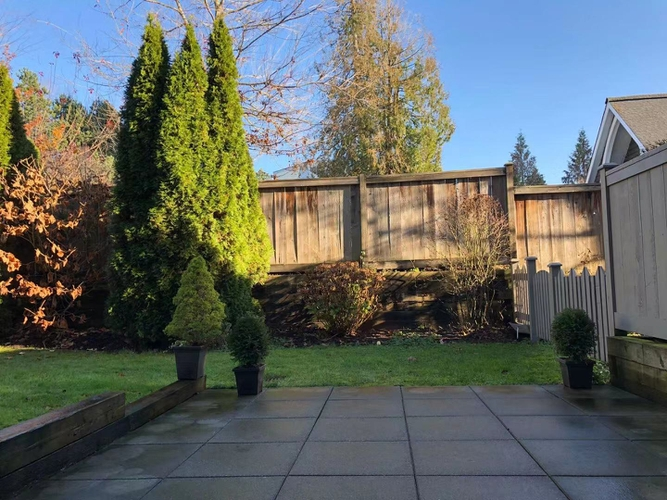 2 Bedrooms Apartment for Rent in Strathmore Lane, 3388 Morrey Court, Burnaby, BC - 1