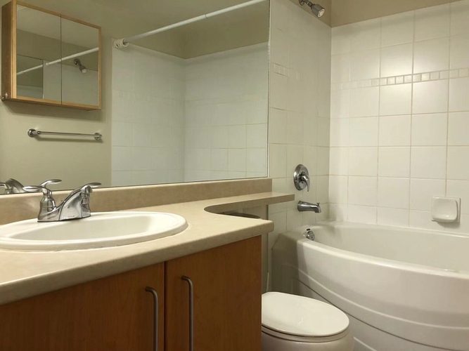 2 Bedrooms Apartment for Rent in Strathmore Lane, 3388 Morrey Court, Burnaby, BC - 8