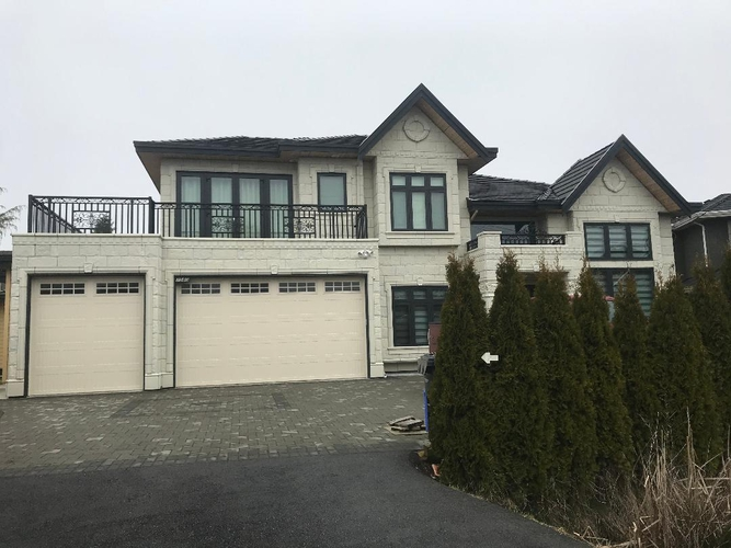 2 Bedrooms House for Rent in Lancing Ct, 7580 Lancing Ct, Richmond, BC - 1
