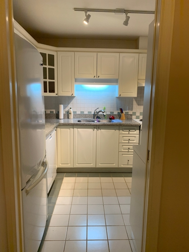 2 Bedrooms Suite for Rent in The Bristol, 5735 Hampton Place, Vancouver, BC - 12